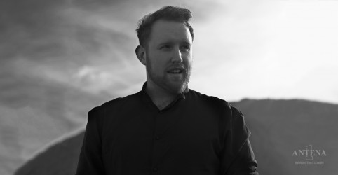 "Ouça ""Hearts On Fire"", inédita de Gavin James"